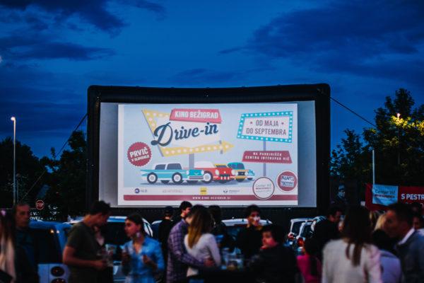 Gremo v prvi drive-in kino v Sloveniji? Gremo!
